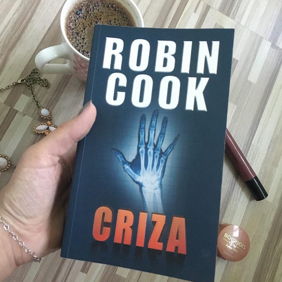 recenzie criza de reobin cook