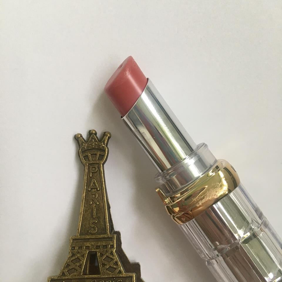 Review și Swatch Ruj Loreal Ultra Shine Only In Paris Lacrarevs